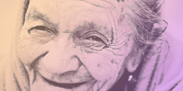 老人性愛・ジェロントフィリア シワシワの肌の老婆